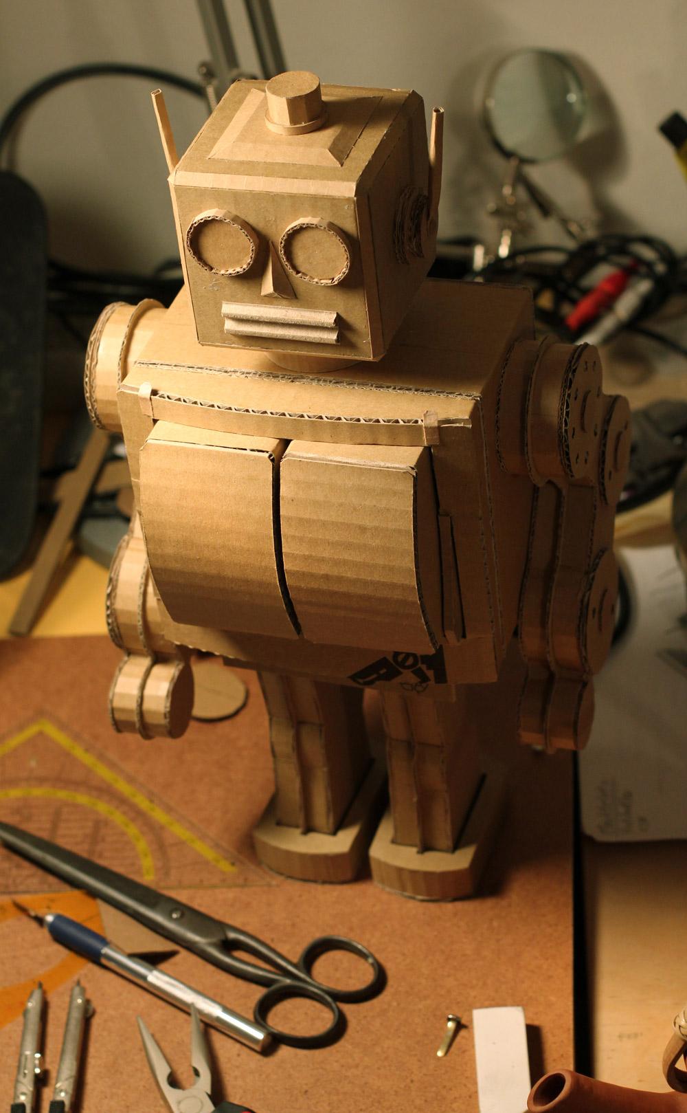 Kartonroboter